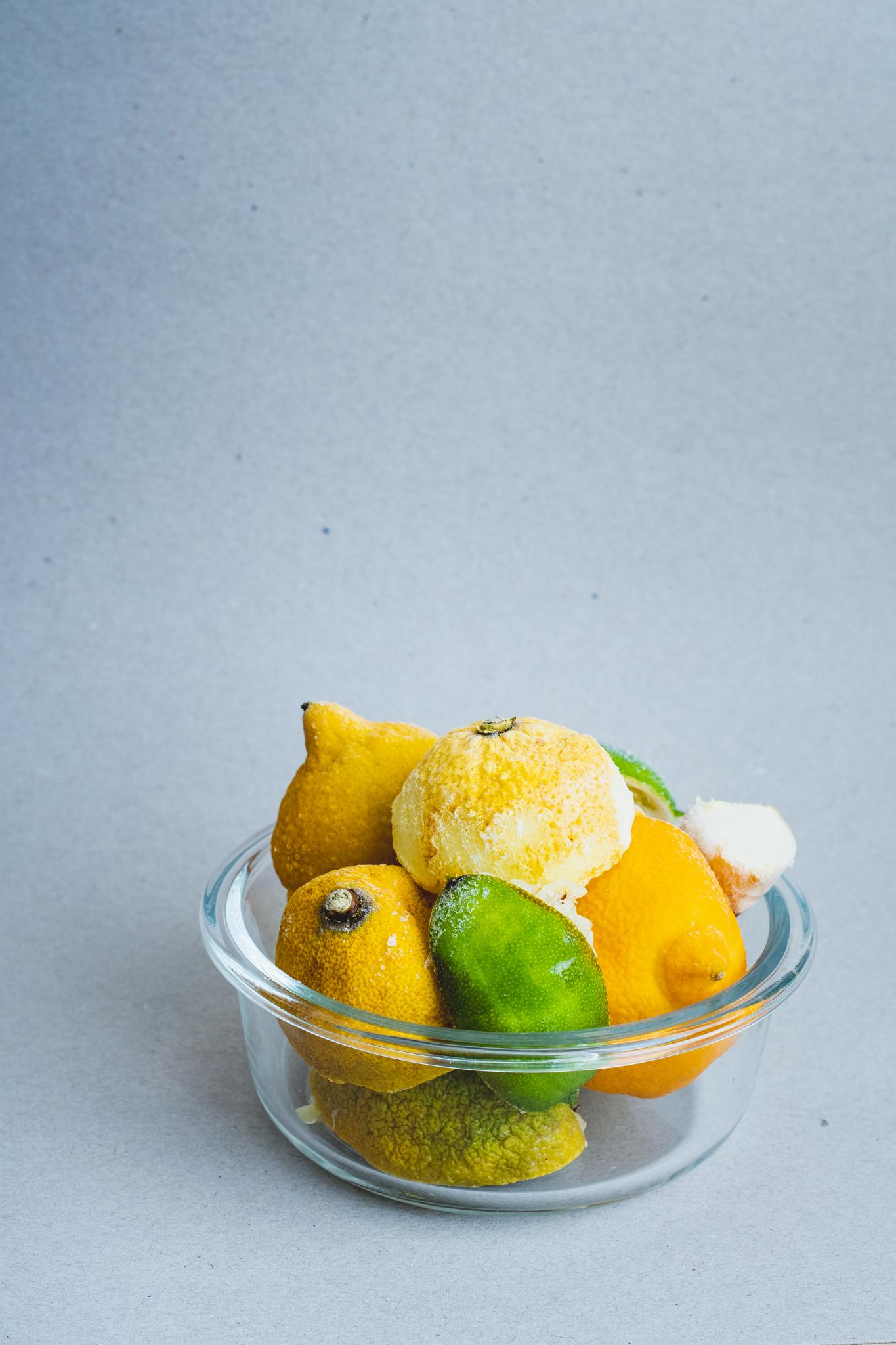 peaux de citron congelées